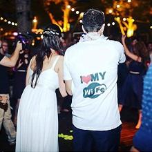 חולצות חתונה